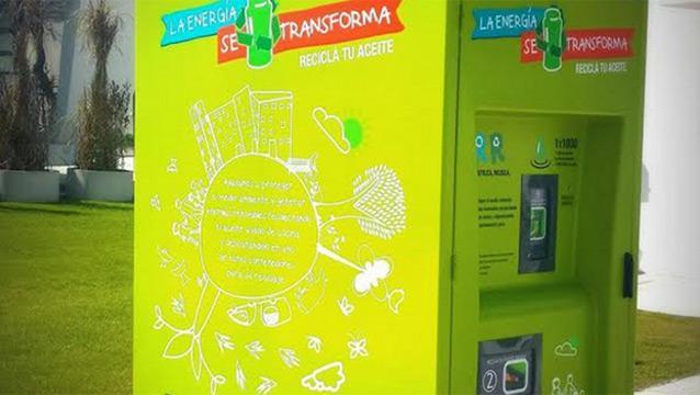 Ponen contenedores para reciclar aceite de cocina taringa for Reciclar aceite de cocina