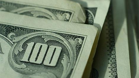Dólar tuvo en marzo la mayor suba en 19 meses: 4.2%