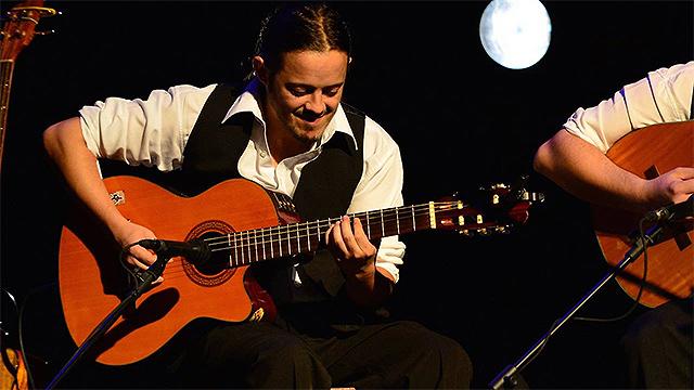 Le robaron 4 guitarras a Nicolás Ibarburu y piden ayuda para recuperarlas