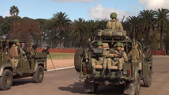 El 54% de los uruguayos simpatiza con las Fuerzas Armadas según encuesta