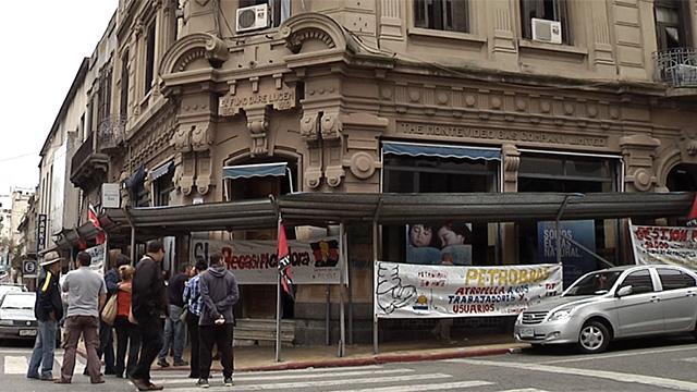 Ocupan Montevideo Gas y reclaman intervención de Ancap