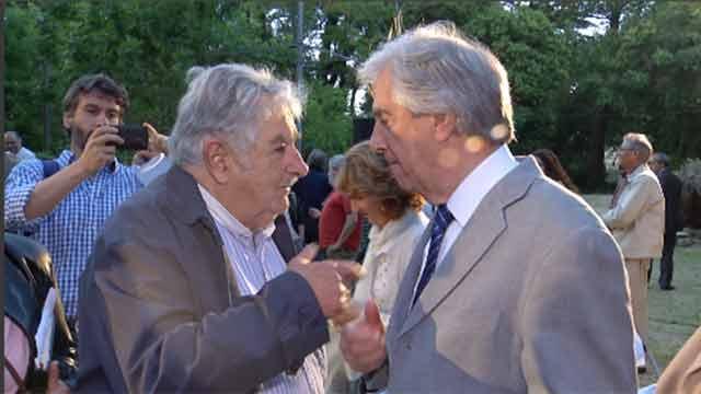 """""""A Vázquez lo voy a defender a muerte, en todo lo que pueda"""", dijo Mujica"""