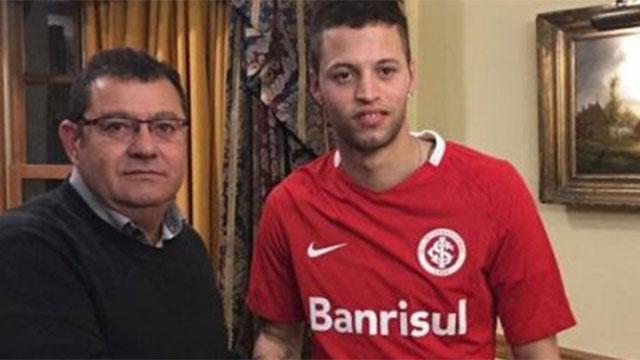 """""""El Diente""""  López ya es jugador de Inter de Porto Alegre"""