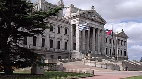 Parlamento devolvió menos del 10% de los viáticos otorgados para viajes