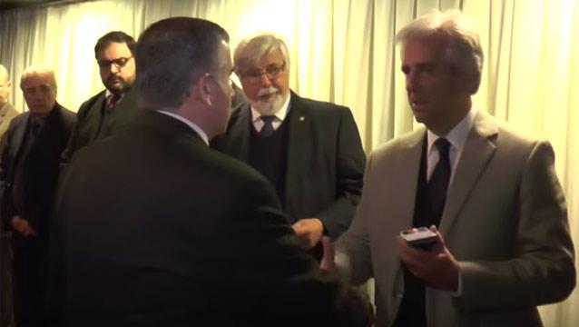 Vázquez premió con medallas al mérito a policías del caso Milvana