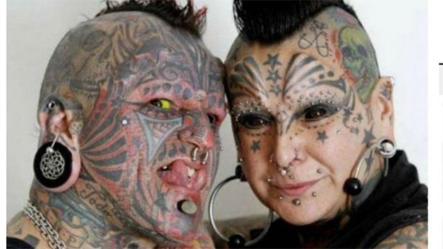 tatuado inserción